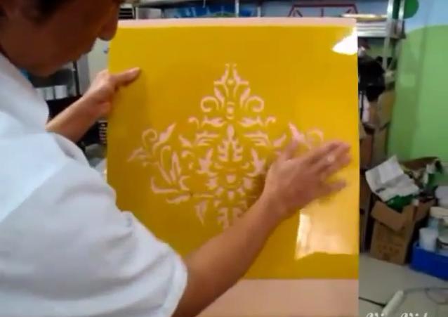 hướng dẫn thi công sơn hoa văn stencil